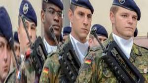 Public vow in Berlin: Bundeswehr celebrates in middle of society - n-tv.de